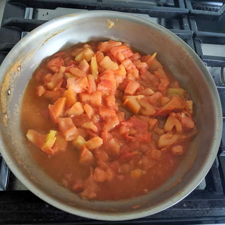 sauteed tomato chutney