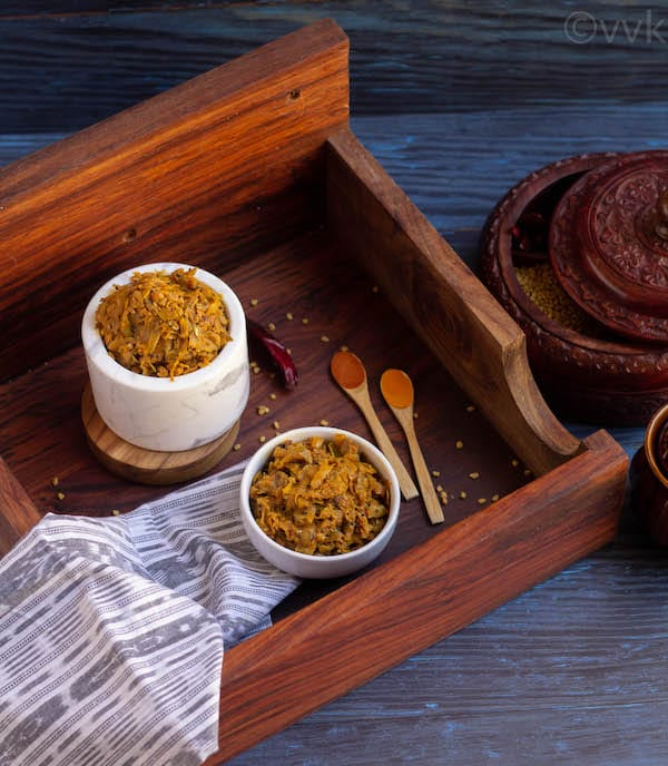 mango thokku in bowl bowls kept on a wooden board