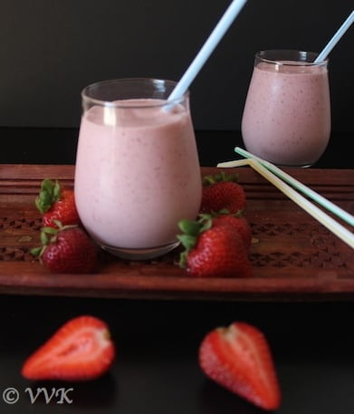 StrawberryMilkShakeWithchocolateIcecream