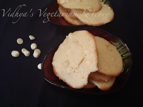Eggless Macadamia Nuts and White Chocolate Chip Cookies