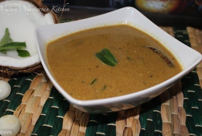 Onion/Shallots Theeyal – Kerala Special