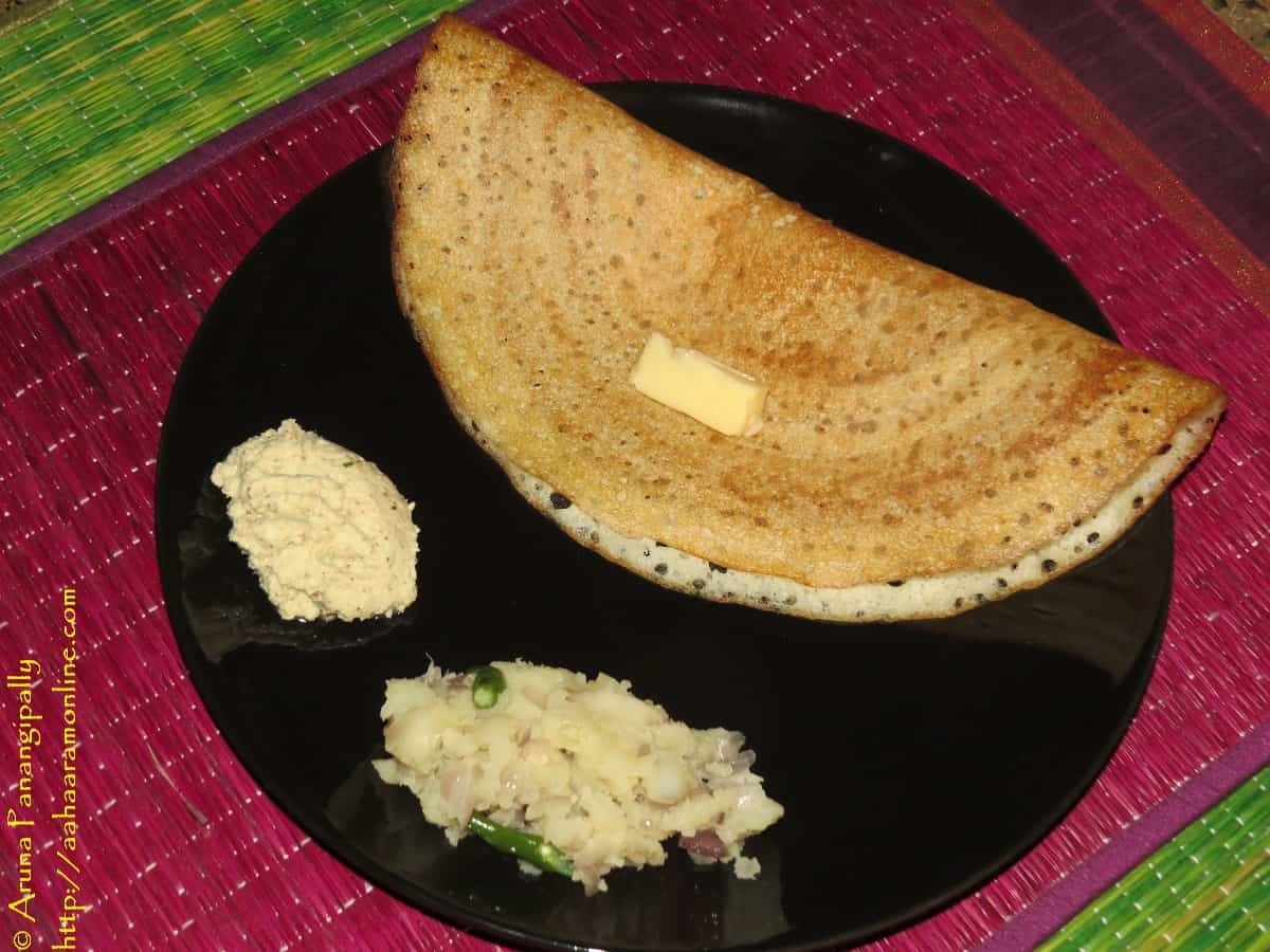 Davanagare Benne Dosa with Potato Palya and Coconut Chutney