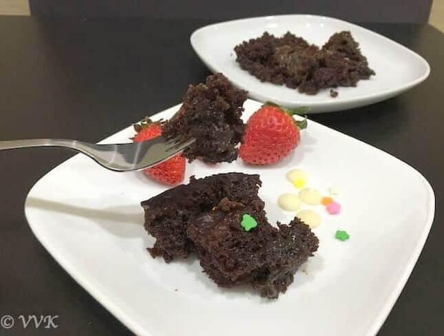 Eggless Slow Cooker Chocolate Lava Cake