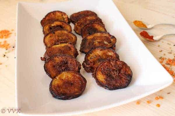 Begun Bhaja | Bengali Style Fried Eggplant