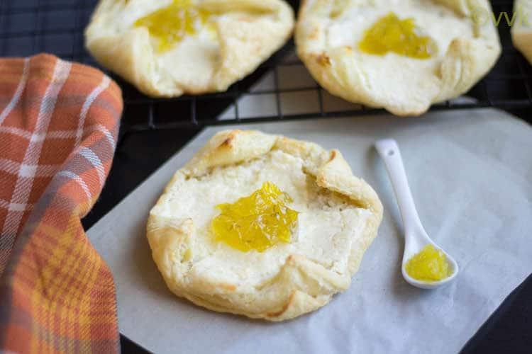 Lemon Cheese Danish With Eggless Lemon Curd