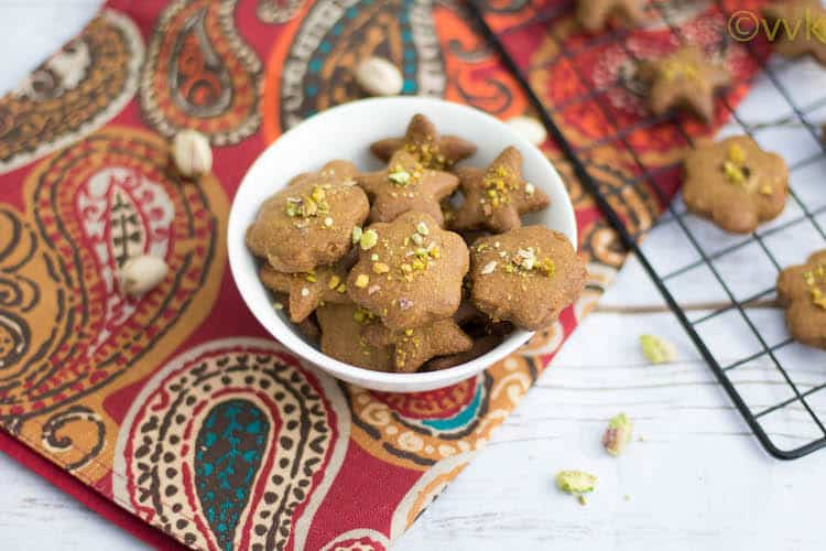Nan-E Nokhodchi   Persian Chick Pea Cookie with Cardamom and Pistachios