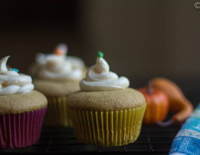 Eggless Pumpkin Pie Cupcakes