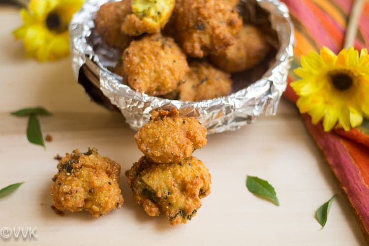 Thavala Vadai, Mixed Lentil Fritters - served and ready on a table
