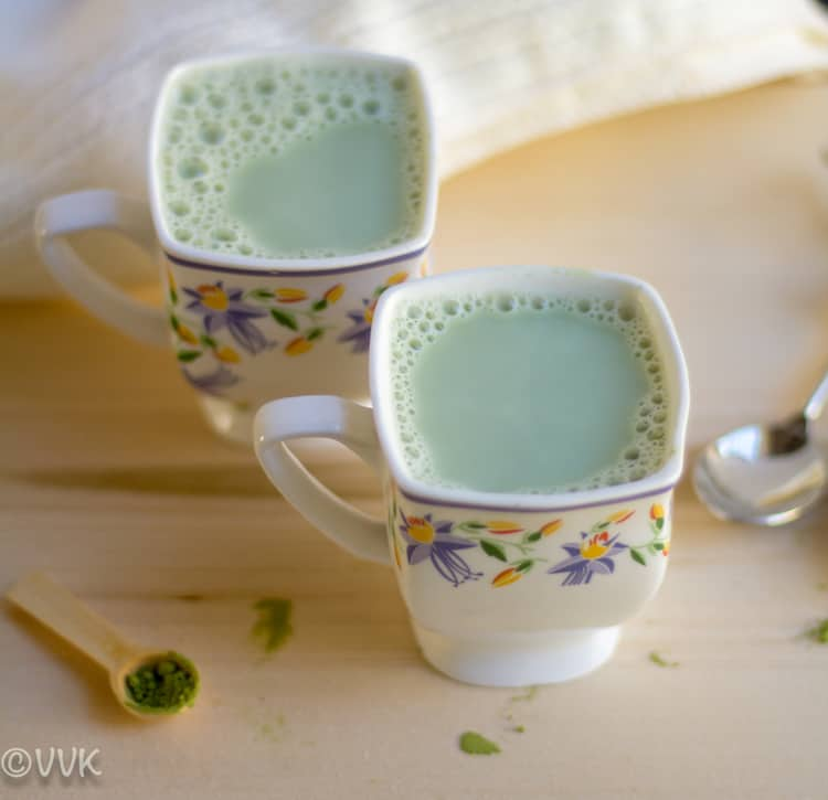 Matcha Green Tea Latte served in two cute cups