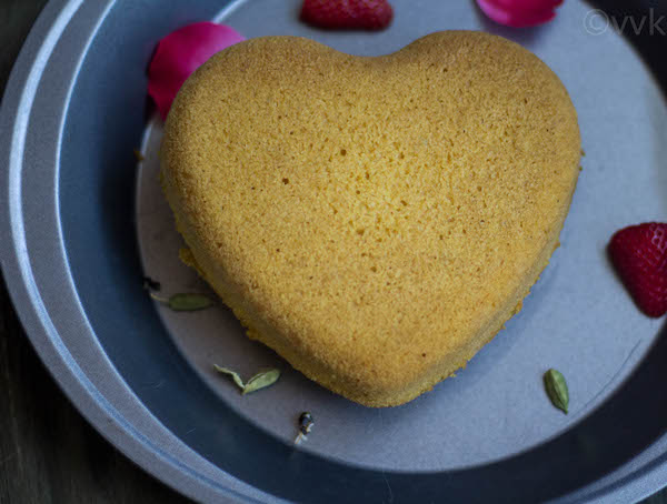 The backside of the Instant Pot Eggless Mango Cake