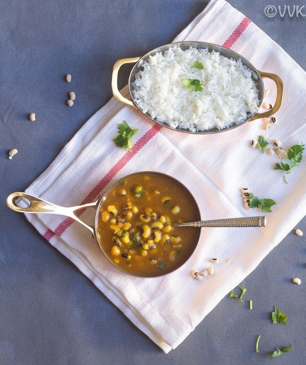 Cow Peas Curry served with rice on a white towel