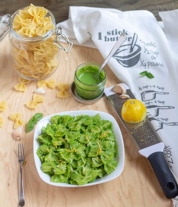 Instant Pot Spinach Pesto Sauce served with lemon