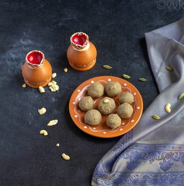 kambu laddu in a terracotta plate