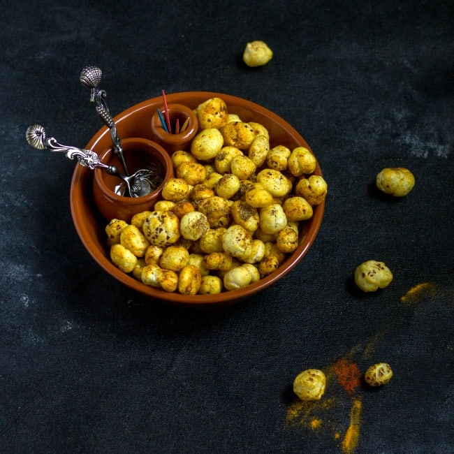 Roasted Phool Makhana | Spicy Fox Nuts - Vidhya's Vegetarian Kitchen