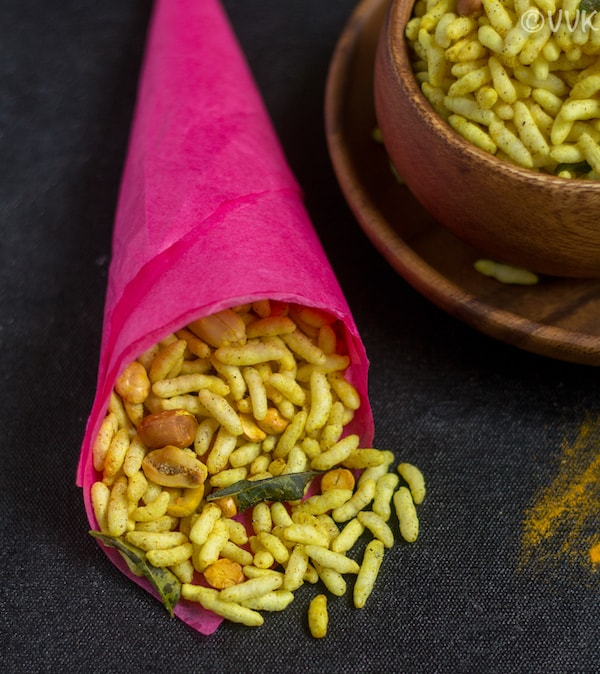 masala pori with peanuts