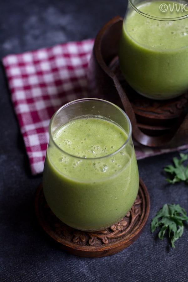 kale smoothie closeup shot