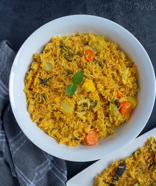 Pressure cooker hyderabadi biryani in a big bowl