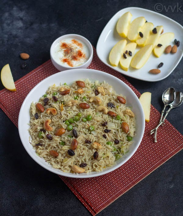 Instant Pot Kashmiri Peas Pulao with raita and apple slices