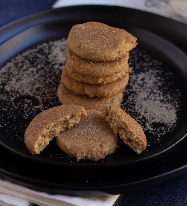 cinnamon vanilla flavored cookies with one cut into two