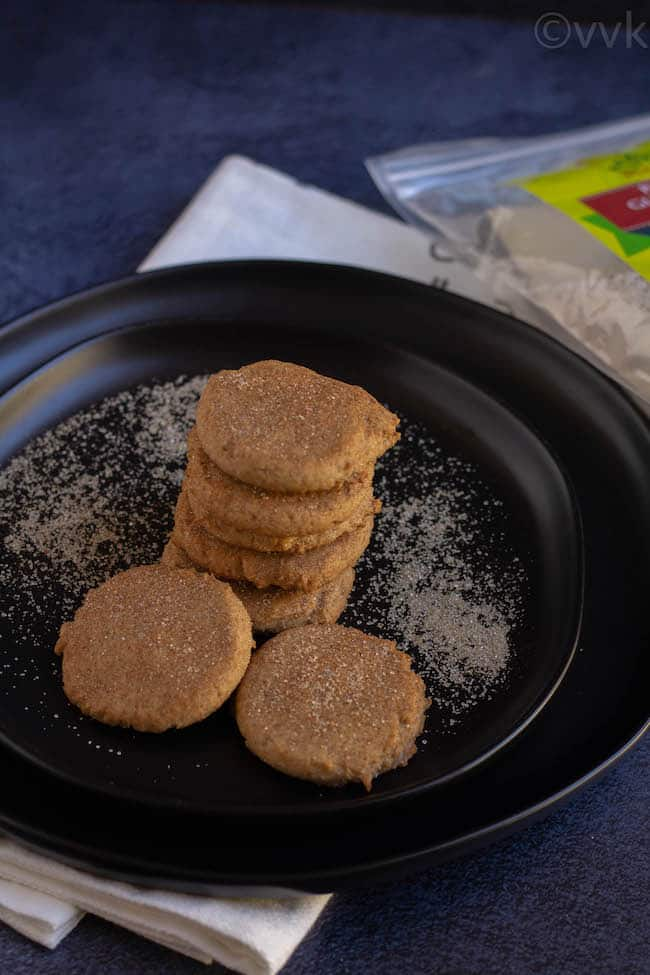 gluten free cookies in a black plate