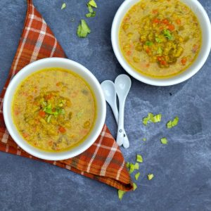 cauliflower soup in two bowls
