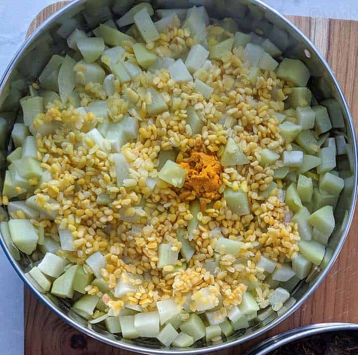 veggie dal mix after pressure cooking