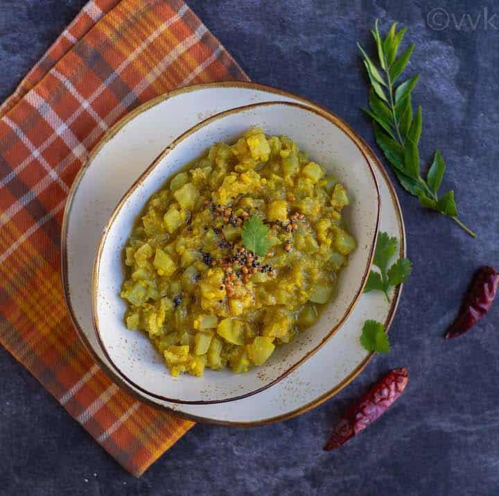 top angle shot of tamil nadu style chow chow kootu