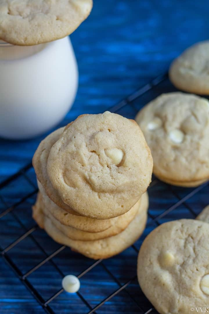close up shot of white chocolate chip cookies