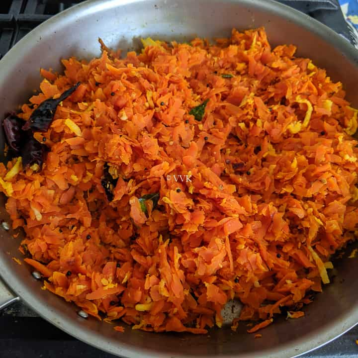 prepared carrot poriyal