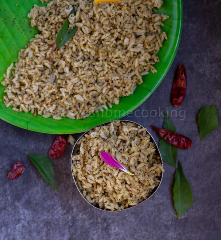 sesame seed rice served in bowl