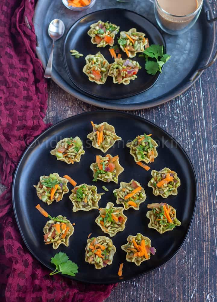 tortilla bhel cups placed on a black plate