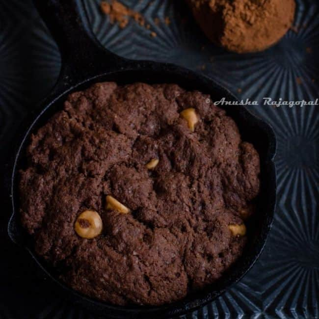 single-serving dessert caramel cookie