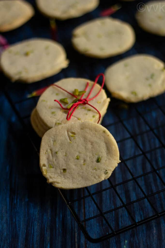 close up shot of gulab jamun cookies