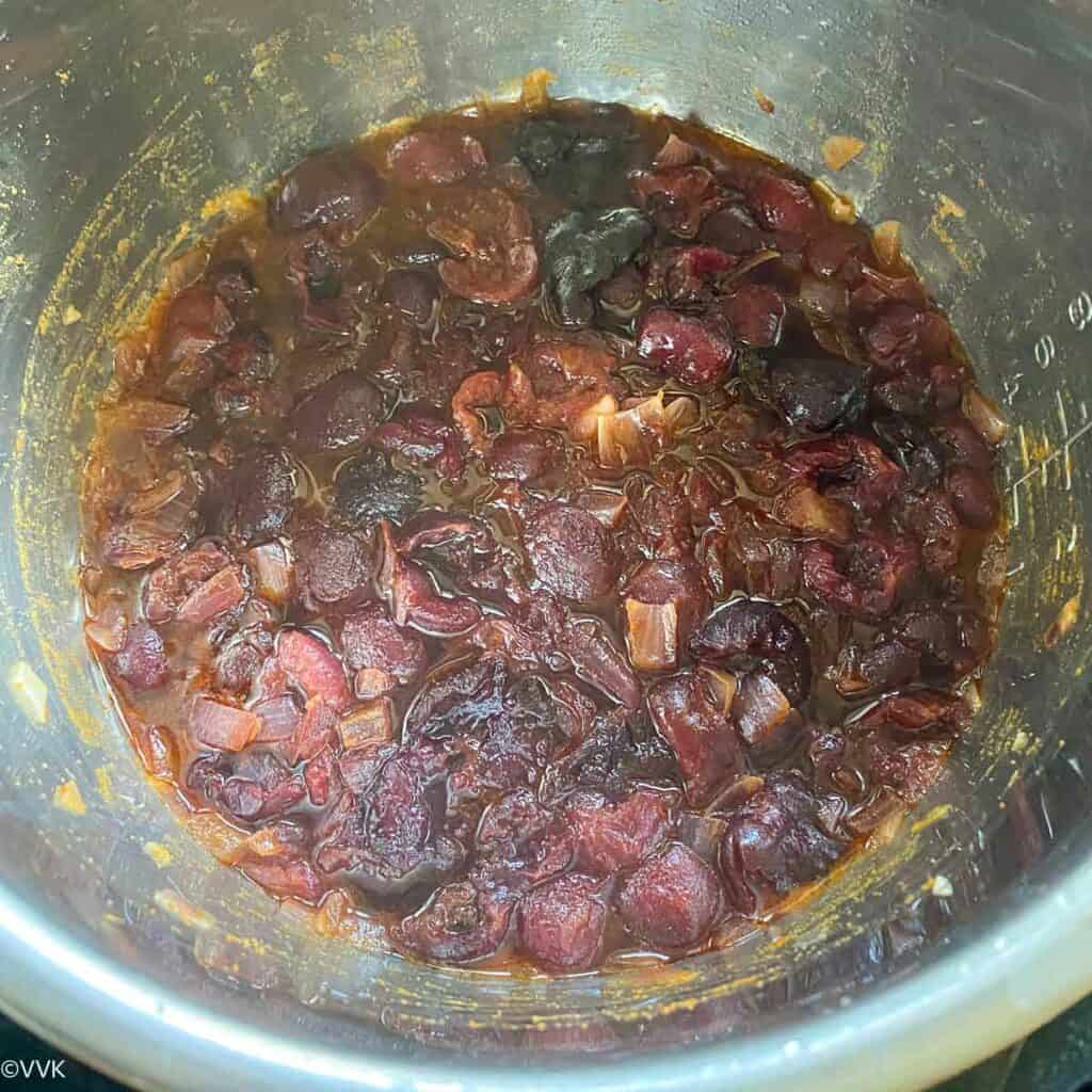cooked cherry chutney
