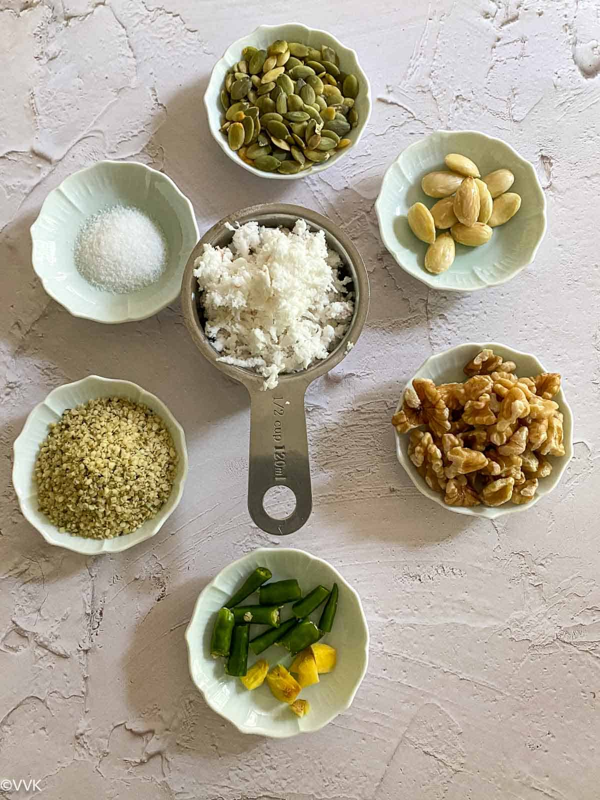 ingredients required for nuts and coconut chutney