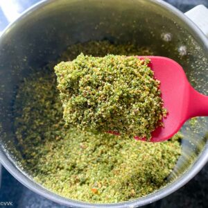 perfectly ground dry cilantro podi