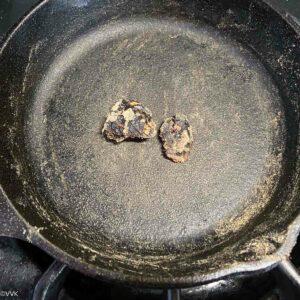 roasting tamarind piece