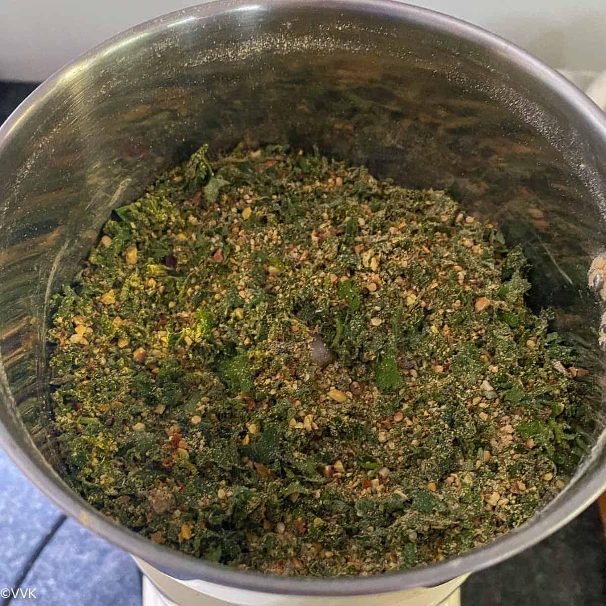 partially ground cilantro podi